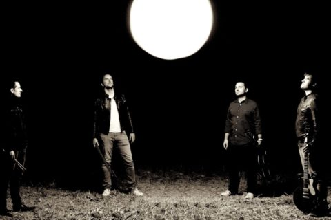 Breaking News : Le premier album de The Edge Of The Sun