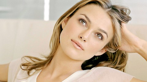 Keira Knightley vs Photoshop