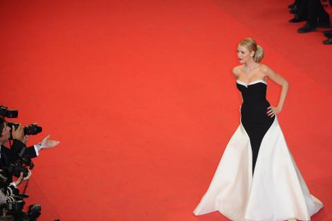 Festival de Cannes, J − 05 🎬 Clap 06 : Le tapis rouge et la montée des marches